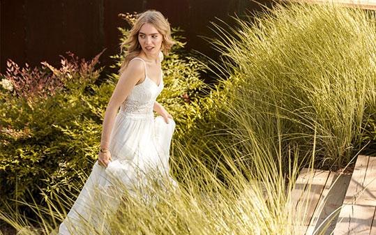 Bruidsmode Maxim S Couture In Aarschot